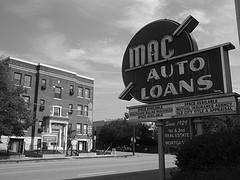 Mac auto loans signage
